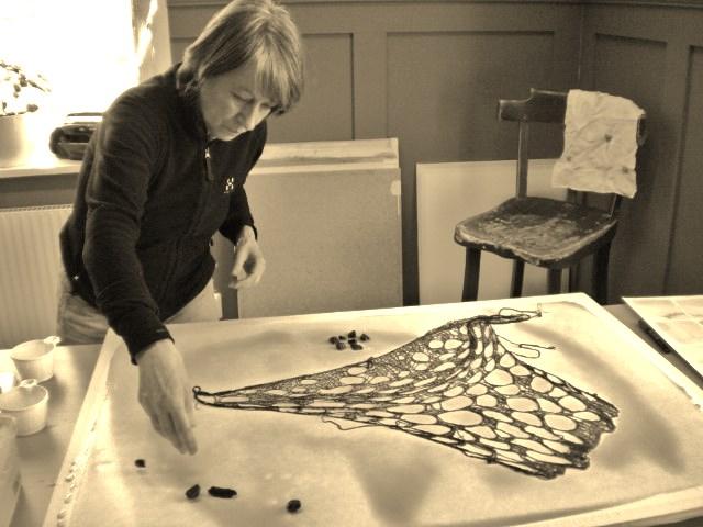 Lisbeth Kronlid på akvarellkurs i Älvdalen